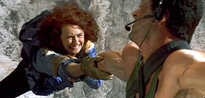 cliffhanger-sylvester-stallone-opening-scene